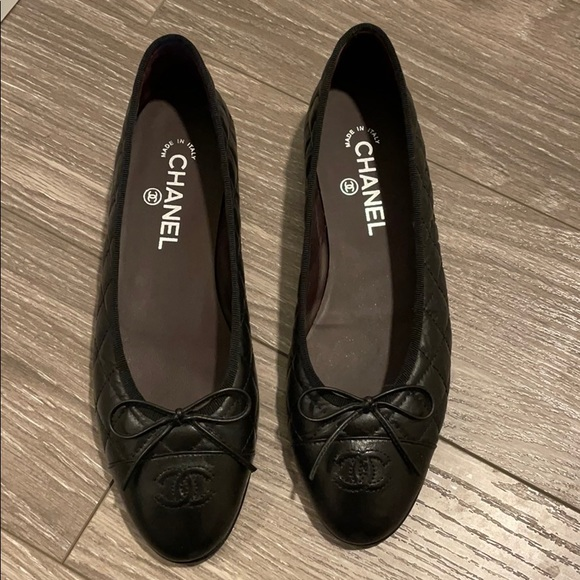 Chanel Ballet Flats NEW IN BOX